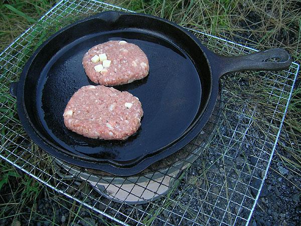 手作りハンバーグ